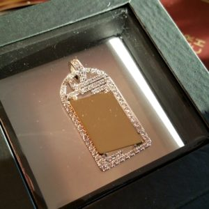 Golden diamond pendant with plate