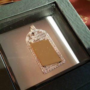 Golden diamond pendant with plate